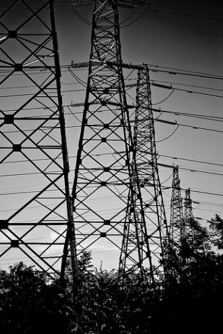 Photograph of electric power transmission lines.